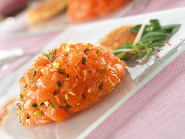 Tartare de saumon au miel