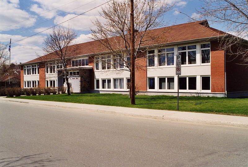 L'école Brébeuf se joint à notre famille !